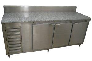 mesa-refrigerada-a-muro