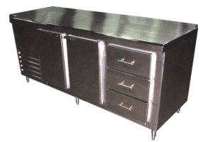 mesa-refrigerada-con-puertas-y-cajones